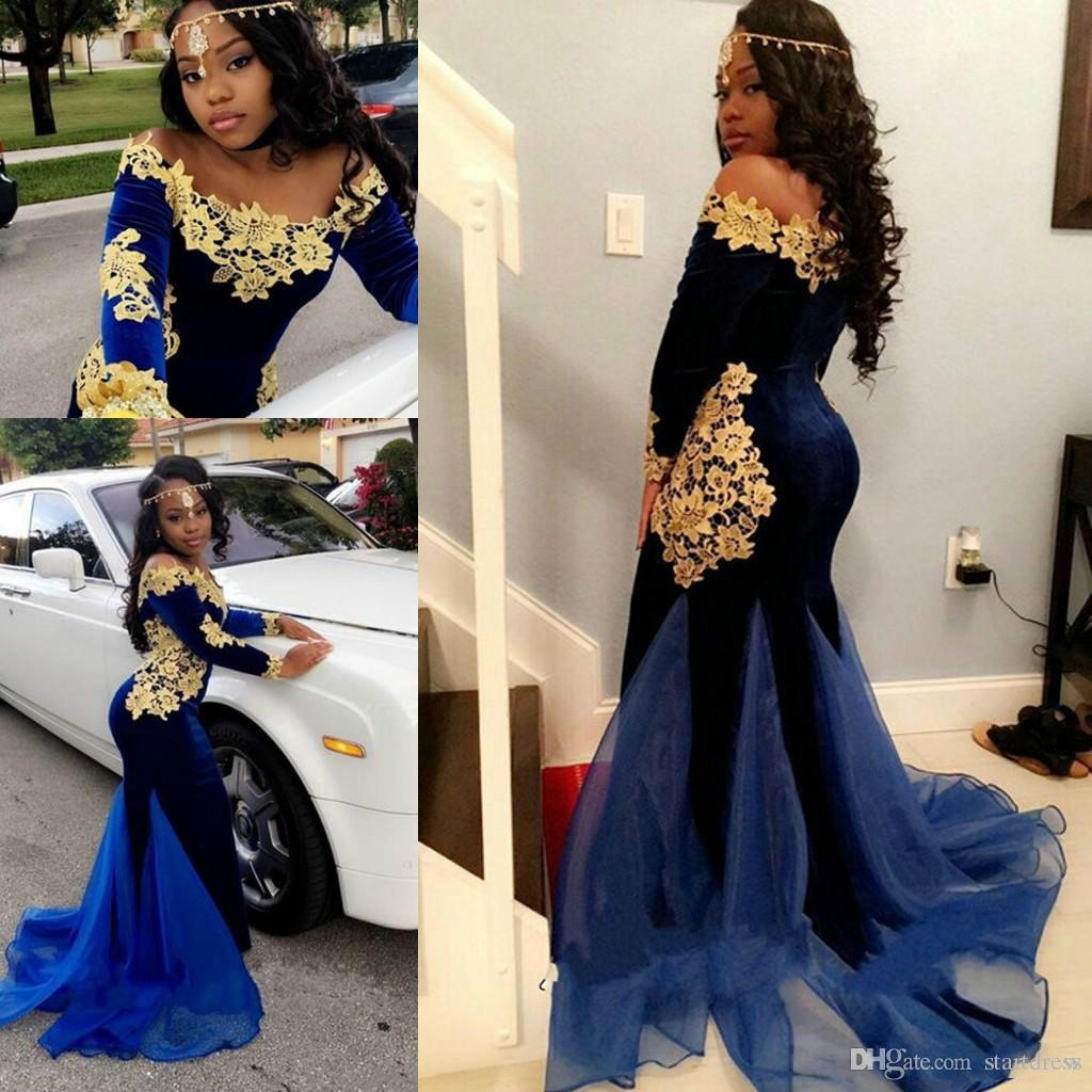 Sexy Saudi Arabic 2018 Prom Dresses Royal Blue Velvet Gold Appliques Mermaid Evening Gowns Long Sleeve Off Shoulder African Special Occasion