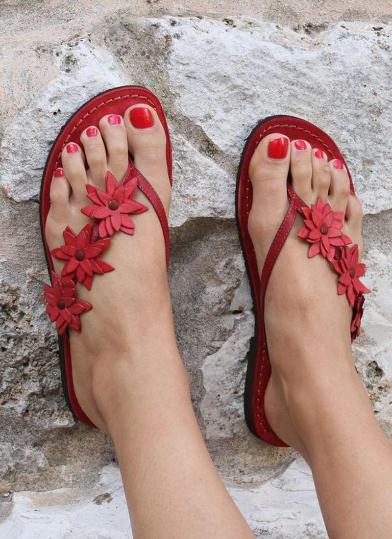 Kolnoo Sexy estilo casual hecho a mano para mujer Zapatillas de playa Flor Deco Verano Playa Oficina Flip-flop Zapatos de gran tamaño A064