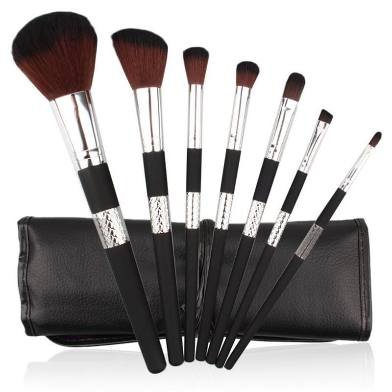 7 teile / satz Make-Up Pinsel Kit Schwarz Gold Griff Pinsel für Foundation Concealer Lidschatten Eyeliner Kosmetik Pinsel Make-Up Werkzeug mit Fall