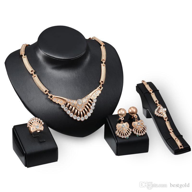 Dubai 18 K Colgante de oro Collar de cola de pavo real Establece la moda Diamante africano Boda Conjuntos de joyería nupcial (Collar + Pulsera + Pendientes + Anillo)