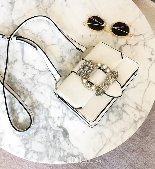 Factory outlet brand fashion bag woman diamond hand bag street style pearl diamond all-match clamshell handbag leather shoulder bag