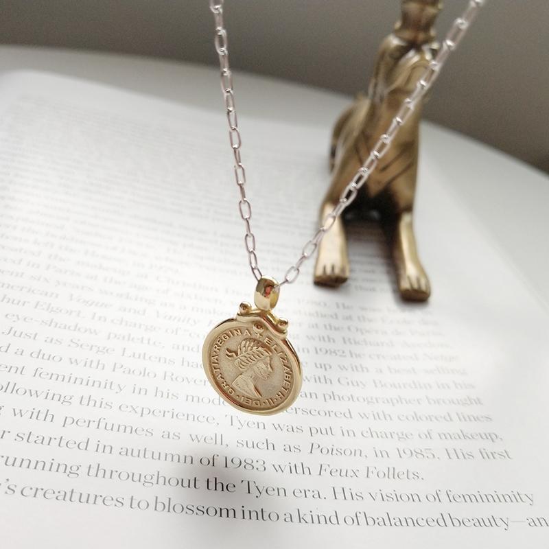 925 luna de plata y seis peniques collar de moneda de la manera redonda collar de la moneda figura colgante de oro para las mujeres 2018 joyería de los encantos