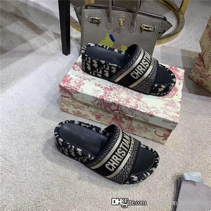 Autumn and winter thick bottom high density embroider slipper Web celebrity stars casual slimming height slippers,Complete set of shoe box