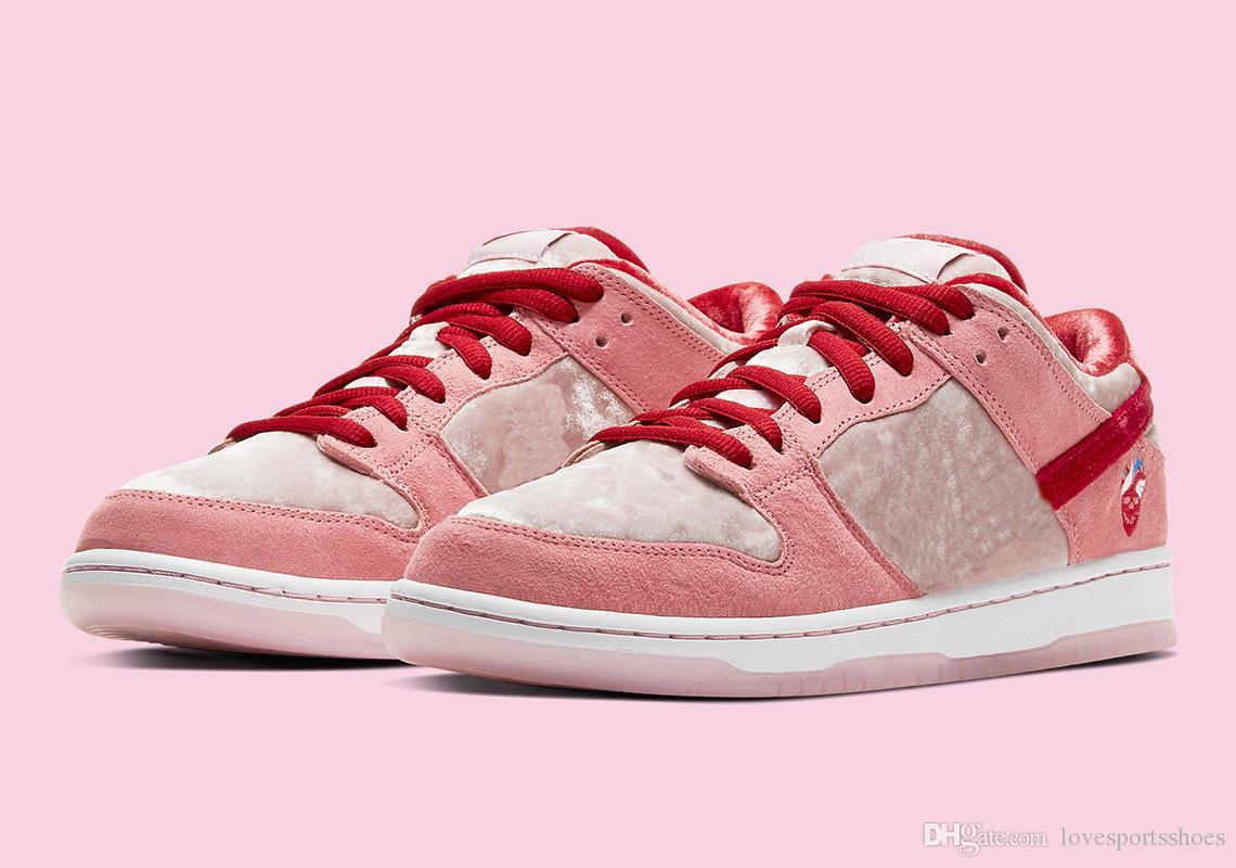 النساء سترينجغلوف بينالي الشارقة دونك الأحذية منخفضة مع صندوق أفضل 2020 حار رجل عرضي حذاء تخزين الشحن المجاني أسعار الجملة size36-45