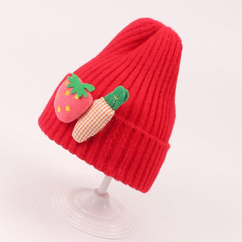 Cute Korean Style 2-5years Kids Knit Hat Winter Girls Beanies with Strawberry Carrot Embellished