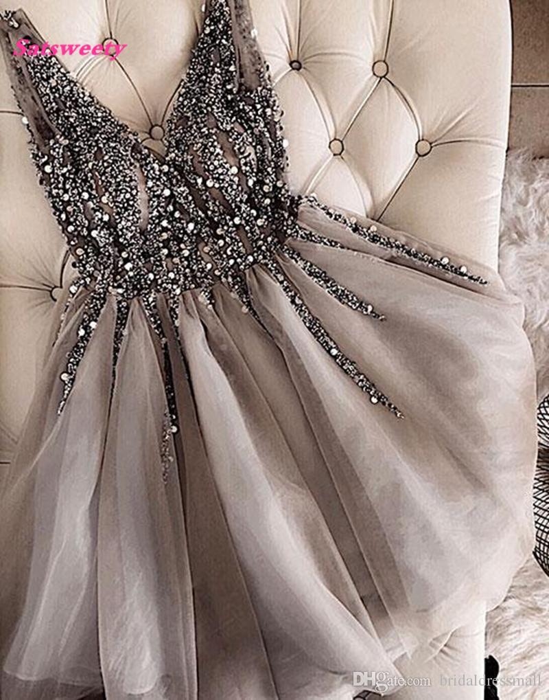 Brilho De Cristal Frisado Curto Cocktail Dresses Cinza Homecoming Vestido Duplo Com Decote Em V Sexy Brilhante Mini Vestidos de Baile Abiye Vestidos