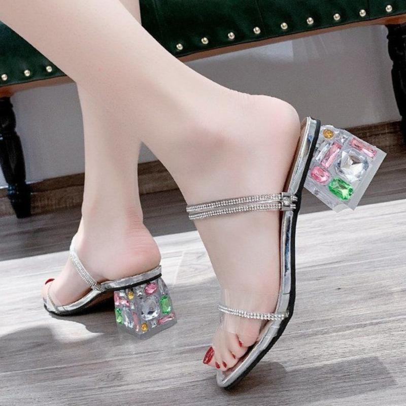 Saltos altos de cristal Chinelos Verão Mulheres sandálias transparentes Jelly Shoes Sapato Aberto à frente Slides Moda Feminina Outdoor Slipper