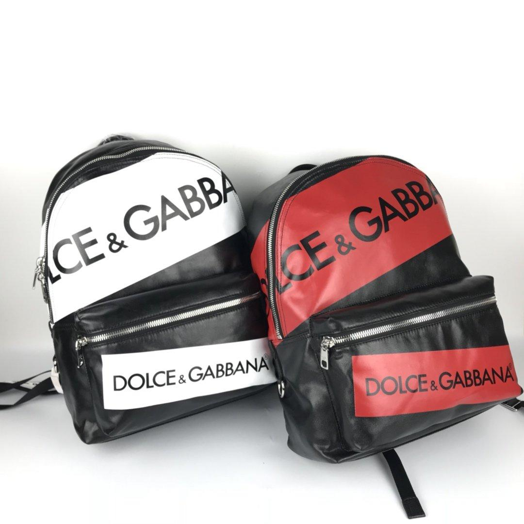 2020 venta caliente de lujo Mochila Diagonal solo hombro del sobre bolsa portátil bolsa de almacenamiento Triple tamaño de la manera Diseñador 30 * 42 * 13cm
