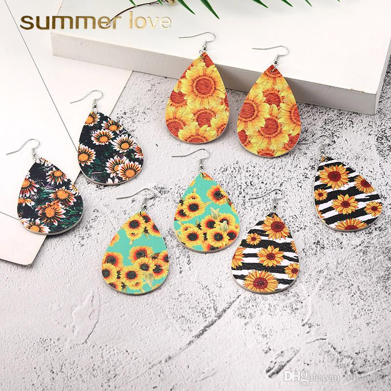 Fashion Bohemian PU Leather Earrings Sunflower Print Pattern Faux Leather Dangle Earring for Women Girl Fashion Hook Party Jewelry Gifts