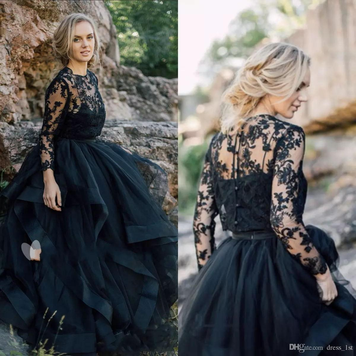 2019 Country Black Wedding Dresses with Long Sleeve Bolero Jacket Spaghetti Straps Tiered Puffry Skirt Lace and Tulle Gothic Bridal Gowns