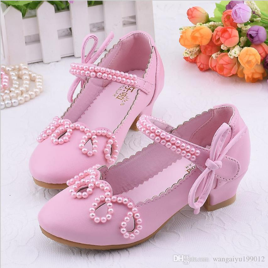 2019 girls leather shoes princess shoes Korean version of the catwalk children's crystal shoes small chair dress white dance