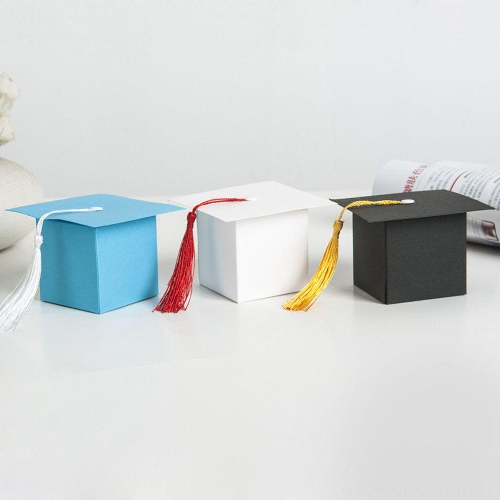 10pcs Lustige Abschluss Doktorhut Shaped Papier Graduierender Süßigkeitsfestlichkeit Boxen Aktion Spielzeug-Abbildungen Action-Figuren Geschenk mit Quaste für Gra