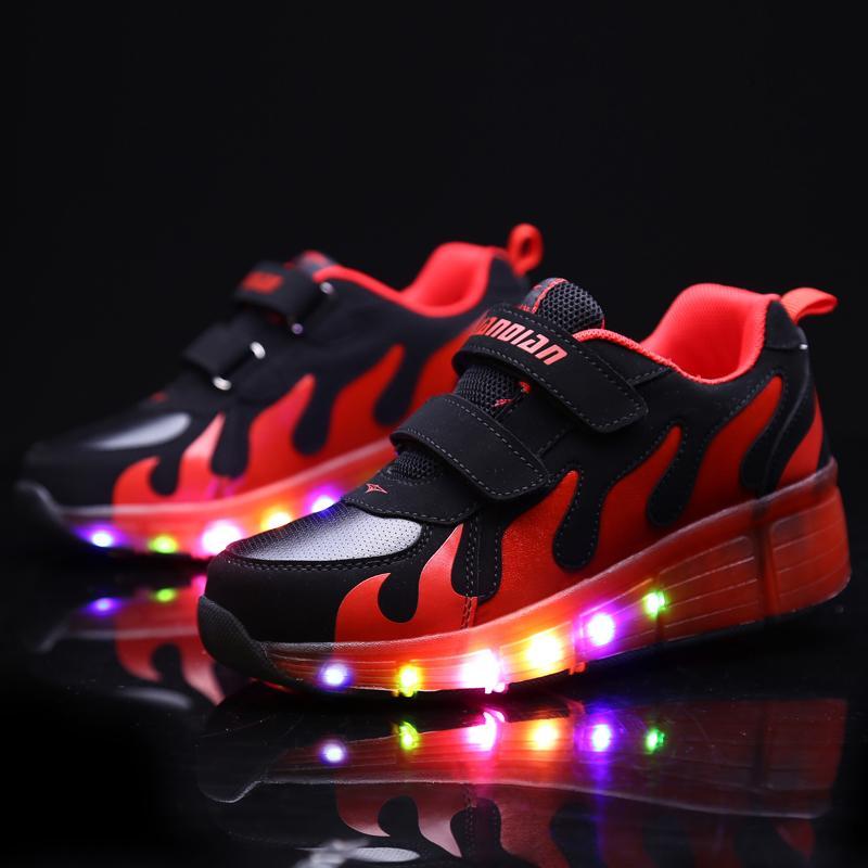 18 أنواع الأطفال عجلة الأحذية الصبي الفتيات عارضة مع الصمام مصباح الأزياء والأحذية الرياضية ل جديلة أطفال فلاش الرول رياضة Y18110304