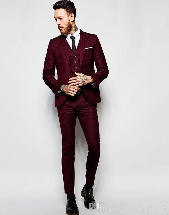Beau mariage Bourgogne smokings costumes Slim Fit pour les hommes Groomsmen Costume trois pièces pas cher bal Costumes formels (veste + pantalon + Gilet)