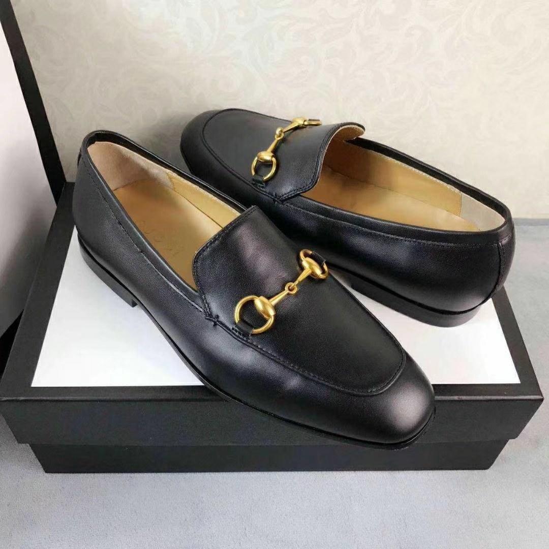 2019 Moda Triple de lujo diseñadores de zapatos casuales zapatillas de deporte plana del hombre con caja y bolsa de polvo de encaje de alta calidad a bajo corte 35-44
