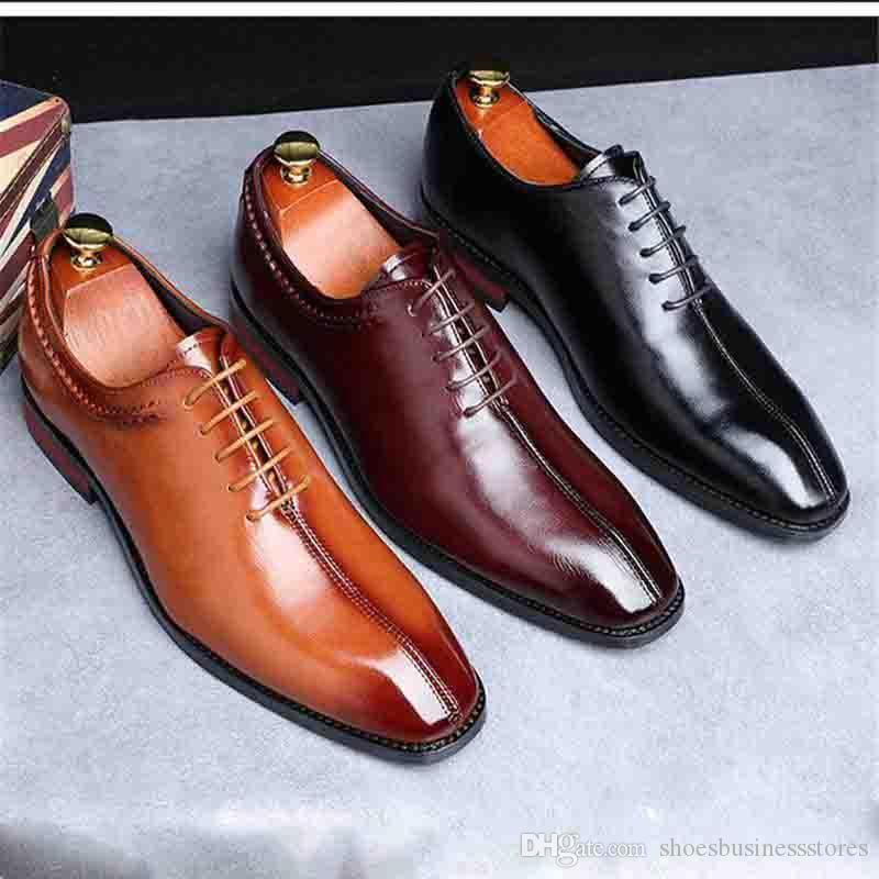 Homens sapatos de casamento de couro de microfibra trabalho formal de negócios macio dedo apontado para o homem vestido Moda Homem Jantar Sapatos de Festa dos homens oxford apartamentos