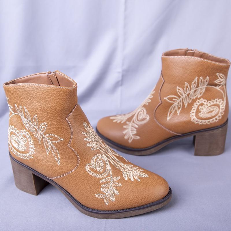 Sıcak Satış-Dantel Nakış Kısa Çizme Çizme Yuvarlak Burun Bilek Boots Lady Şık Sonbahar Kış Yüksek topuk femal Ayakkabı Kadınlar