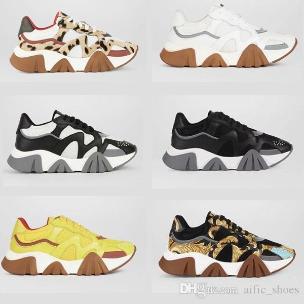 Novità Chain Reaction Squalo della scarpa da tennis di lusso di marca scarpe di moda 2020 donne degli uomini formatori Low-top Lace up scarpe da tennis Shark Suola con la scatola