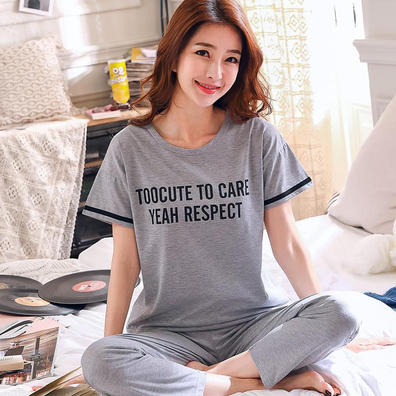 Plus Size Frauen Pyjamas Neue Sommer 100% Baumwolle Brief Muster Lounge Mädchen Nachtwäsche Kurzarm + gestreifte Lange Hosen 2 Stücke Set Y19071901