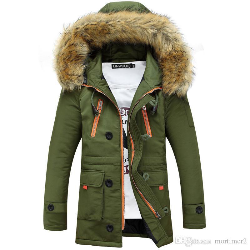 Engrosamiento Parkas hombres abrigos de invierno de 2019 prendas de vestir exteriores masculino cuello de la piel de los hombres ocasionales de la chaqueta de algodón largo Wadded hombres de la capa con capucha