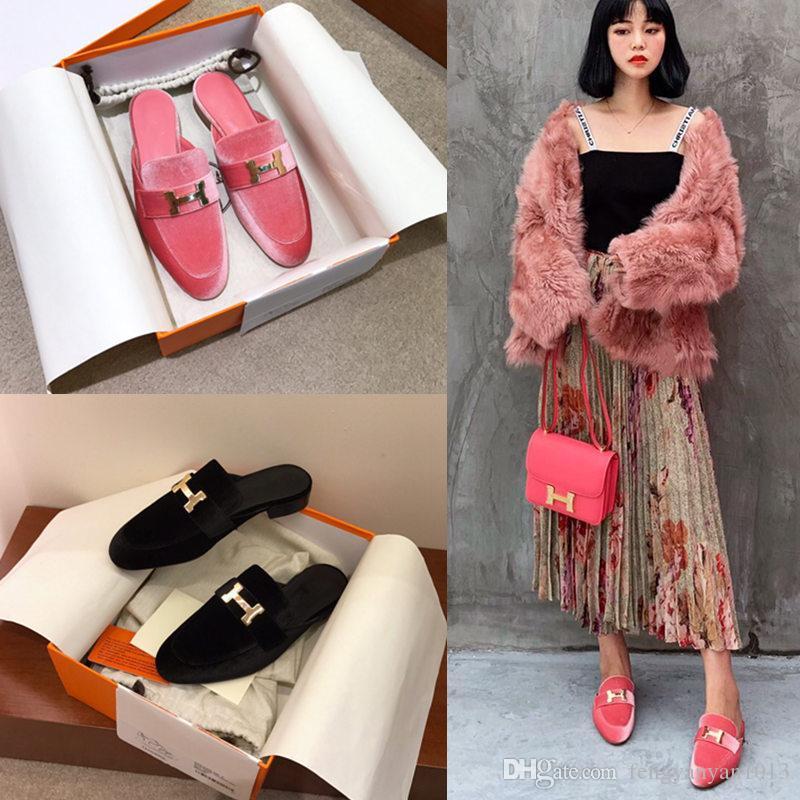 Diseñador 2019 otoño e invierno nuevas sandalias de cuero hebilla de metal Zapatillas de lujo bajas con medias zapatillas zapatos de mujer de terciopelo de lujo PINK BLACK