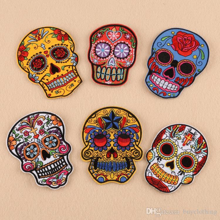6pcs / lot Punk Rock Skull Broderie Patches Divers Fleur style Rose squelette de fer sur les patchs Biker Vêtements Autocollants Applique