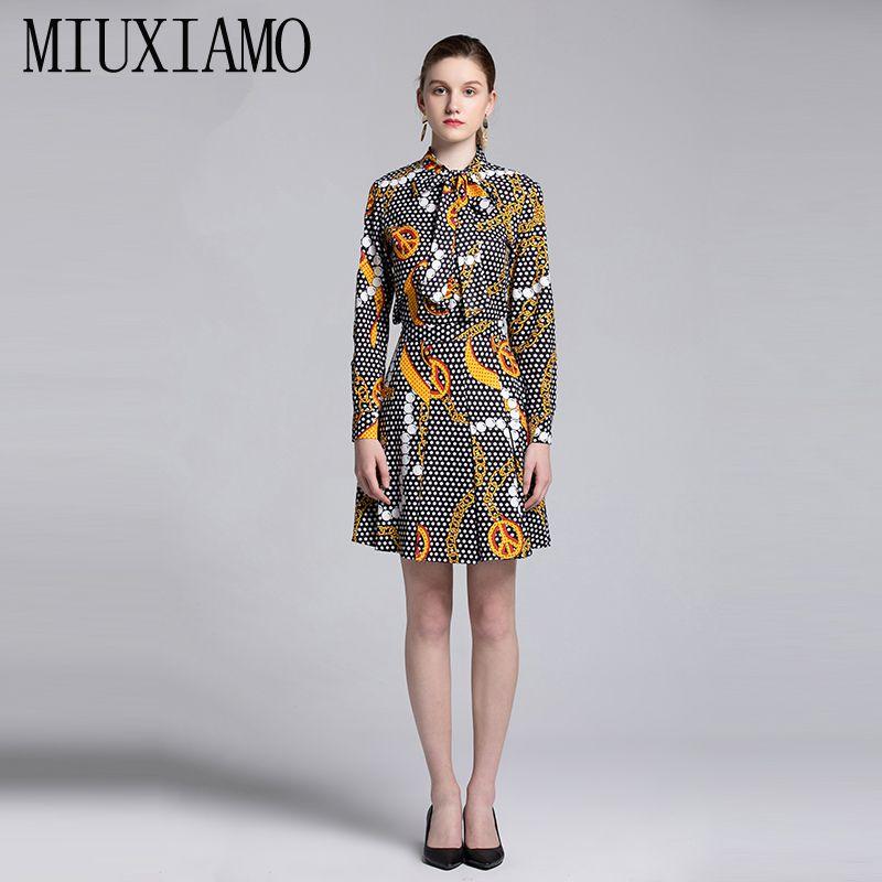 MIUXIMAO Avrupa Moda 2019 Bahar Pot tulum Yeni Diz Üstü Rahat Diamons Kaktüs Karakter Iki Parçalı Elbise Kadınlar