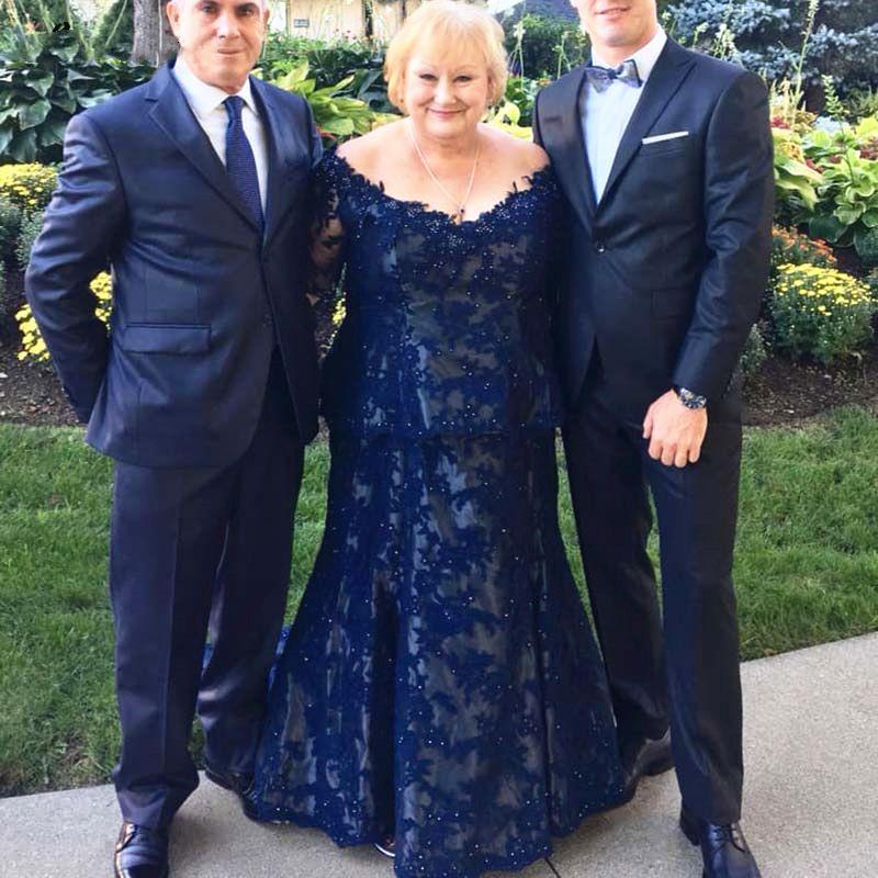 Más el tamaño de la madre de la novia oscuro Azul marino encaje Bordoneado madre larga de la manga del novio trajes del partido de tarde de los vestidos de boda