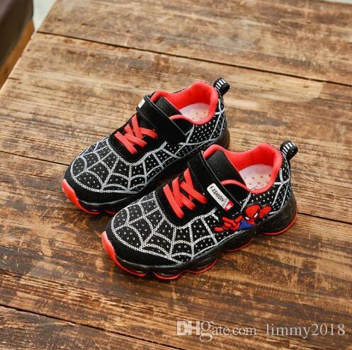 YEMAO Enfants GAR/ÇON Spiderman Sandales Sport dext/érieur Chaussures deau Summer Beach
