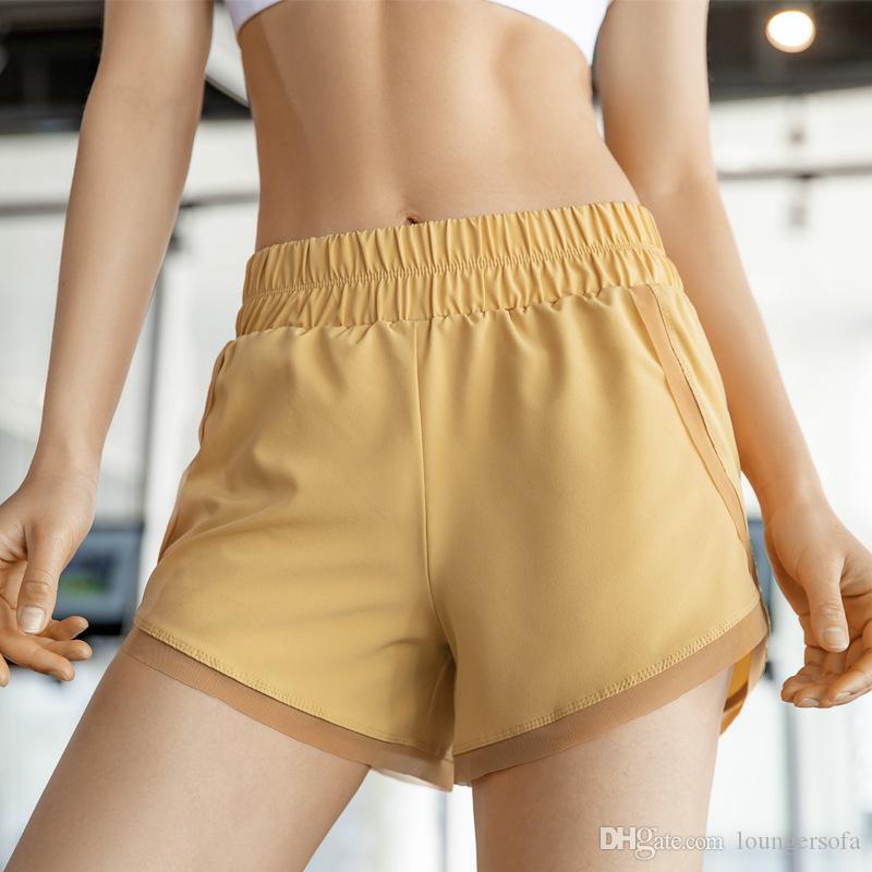 Double Layer Yoga Shorts Giallo Blu Nero di colore Un disegno elastico vita larga Comfort Sport Pant pantaloni corti per le donne capi di 23cd E19