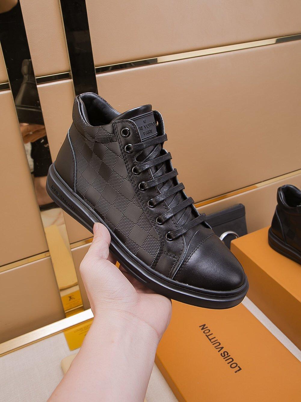 piane scarpe da uomo, scarpe casual di lusso high-top Lace-Up 2019 moda A4 di alta qualità scatola di imballaggio originale Zapatos Hombre