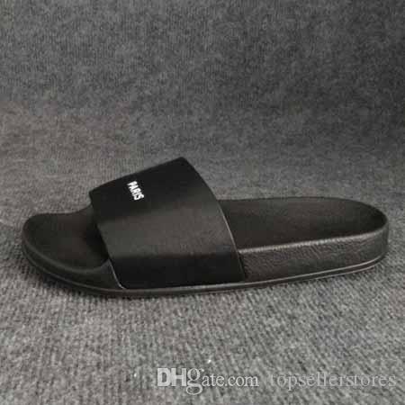Los nuevos zapatos de moda de verano París Zapatillas Hombres Mujeres marca de diseño de diapositivas Beach Classic sandalias al aire libre con la caja en línea