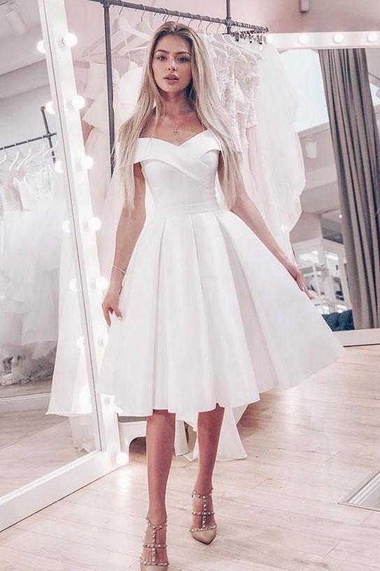 Compre 2019 Nuevos Vestidos De Novia Cortos Vintage Fuera Del Hombro Una Línea De Satén Longitud De La Rodilla Vestidos De Novia Informales Vestido De
