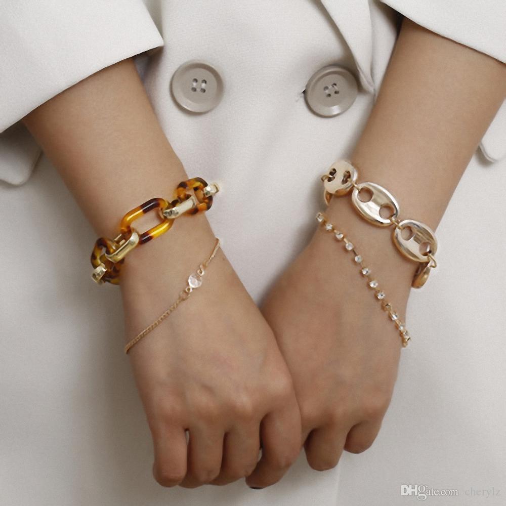 Blended Styles Women Bracelets 4pcs Set Amber Gold Chain Lots Crystal Rhinestone Large Size and Fine Chain FJ100