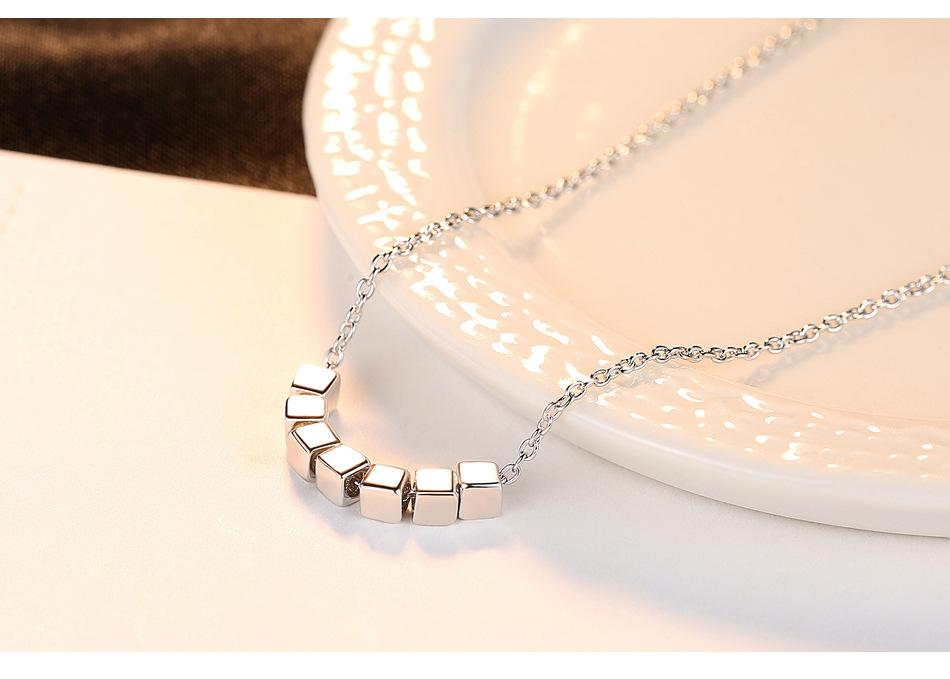 Sıcak S925 gümüş basit vahşi kare kolye gümüş takı bayanlar aksesuarları LW13
