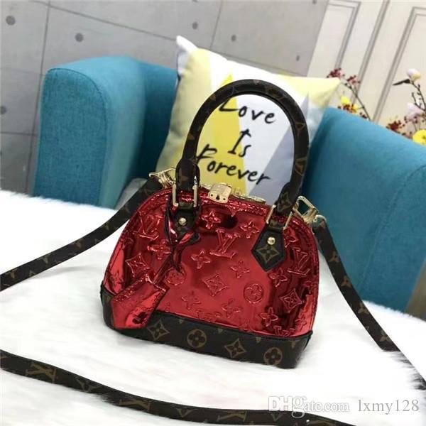 2019 Hot Brand New sacs de mode épaule de la chaîne de haute qualité sac à main de la mode Casual décoration frangé chaîne unique épaule bag118