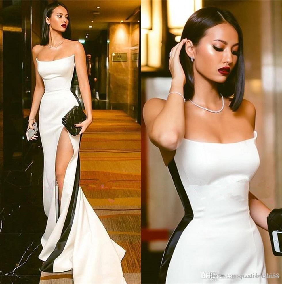 Élégant 2019 robes de soirée noir et blanc sans bretellesHigh side Split Sexy longue robe de soirée de bal d'étudiants