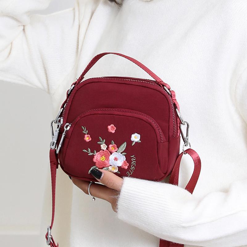 Женщины сумки на ремень, вышивка роза сумка Малой свежей Симпатичный Crossbody сумка Multicolor Все матч мода Lady Bag