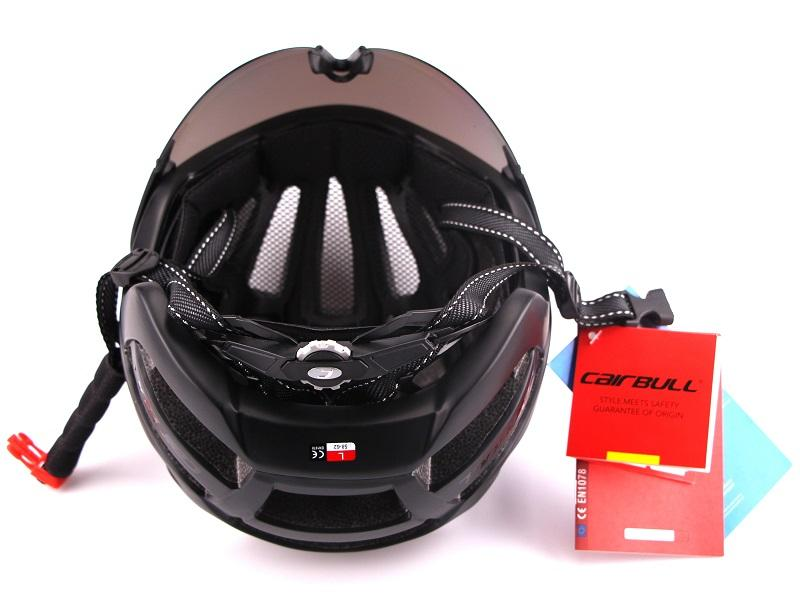 Ultra-light 235g Goggles Cycling Helmet Road Mountain MTB Bicycle Helmet In-mold Bike Helmet With Sun Visor Helmet M54-58cm (2)