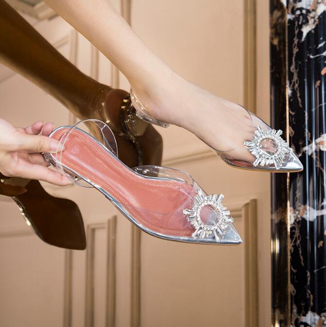 Kaeve nuevas sandalias transparentes de moda de verano 2019 de la jalea de diamantes de imitación zapatos de las mujeres planas de los zapatos de tacón bajo en punta