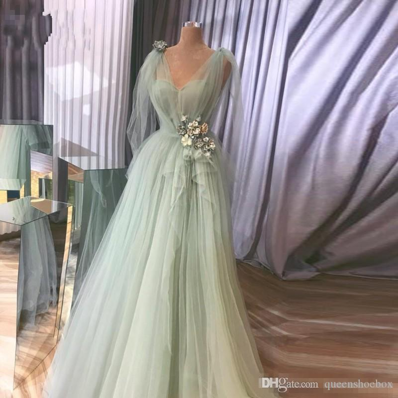 Pretty Tulle Prom Dresses V-neck Ruffles Sash Flowrs Appliques Evening Gowns V-neck CUsatom made Plus Size Party Dress Vestidos De Festa