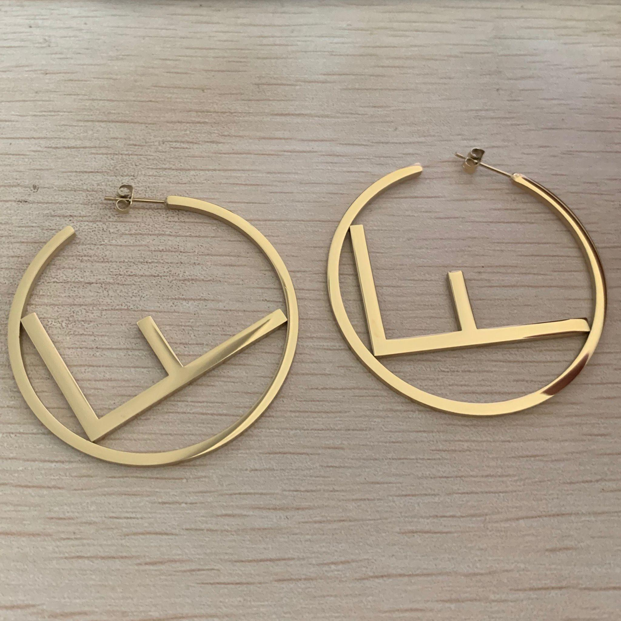 2020 Alta Qualidade Estilo De Moda Design De Jóias Selo De Aço Inoxidável Rosa Gold Banhado Brincos Para As Mulheres Partido Presentes Atacado Preço