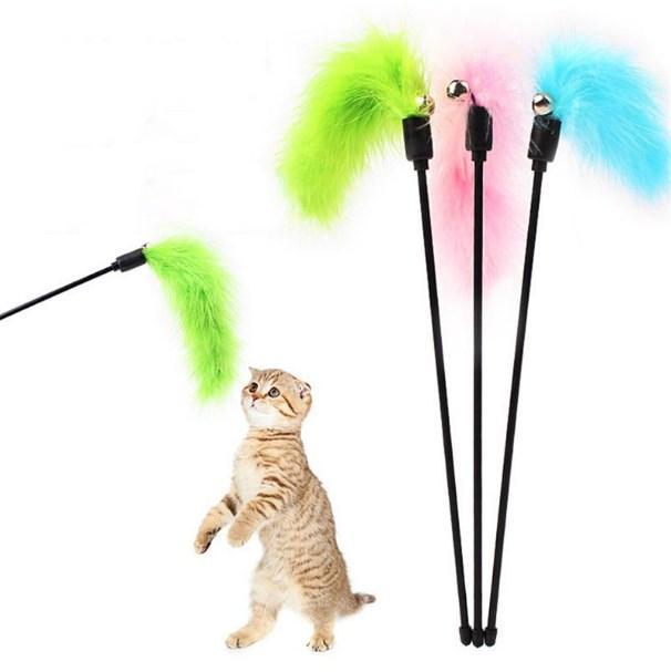 Interazione 1PC del gattino del gatto Teaser Turchia piuma Interactive Stick Toy Wire Chaser colore casuale Gatto dropshipping ed all'ingrosso