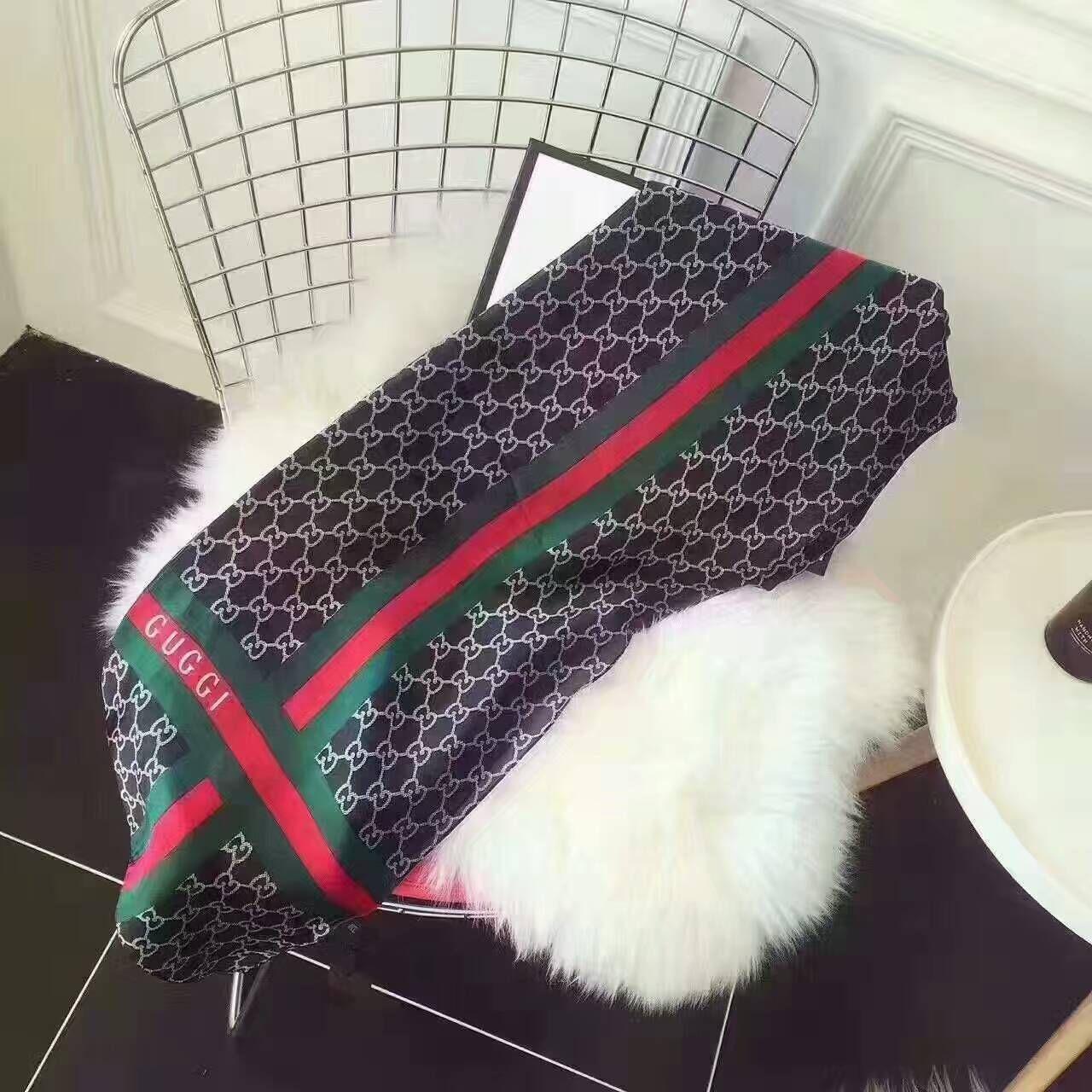 2020Hot Frauen Brief Schal Schal Mode Schal Frühling silk langen Halsring Weihnachtsgeschenk Großhandel 180x90cm