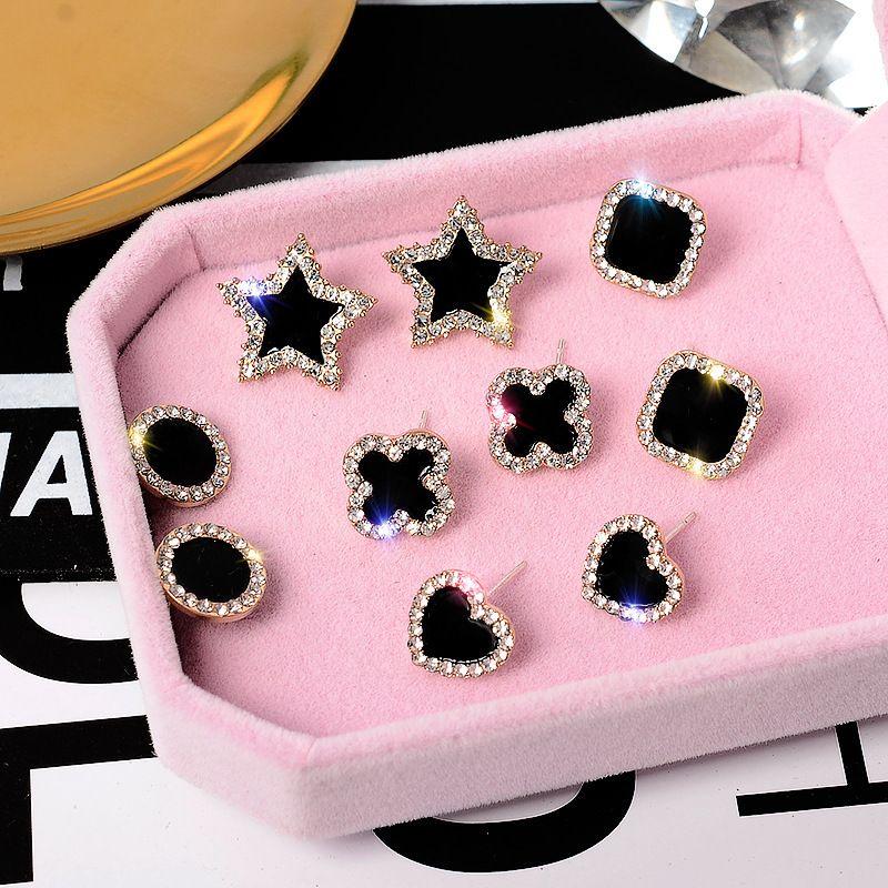 новый дизайнер S925 серебряная игла клевер серьги простой моды классический простой Алмаз звезда Любовь квадратные серьги E0037