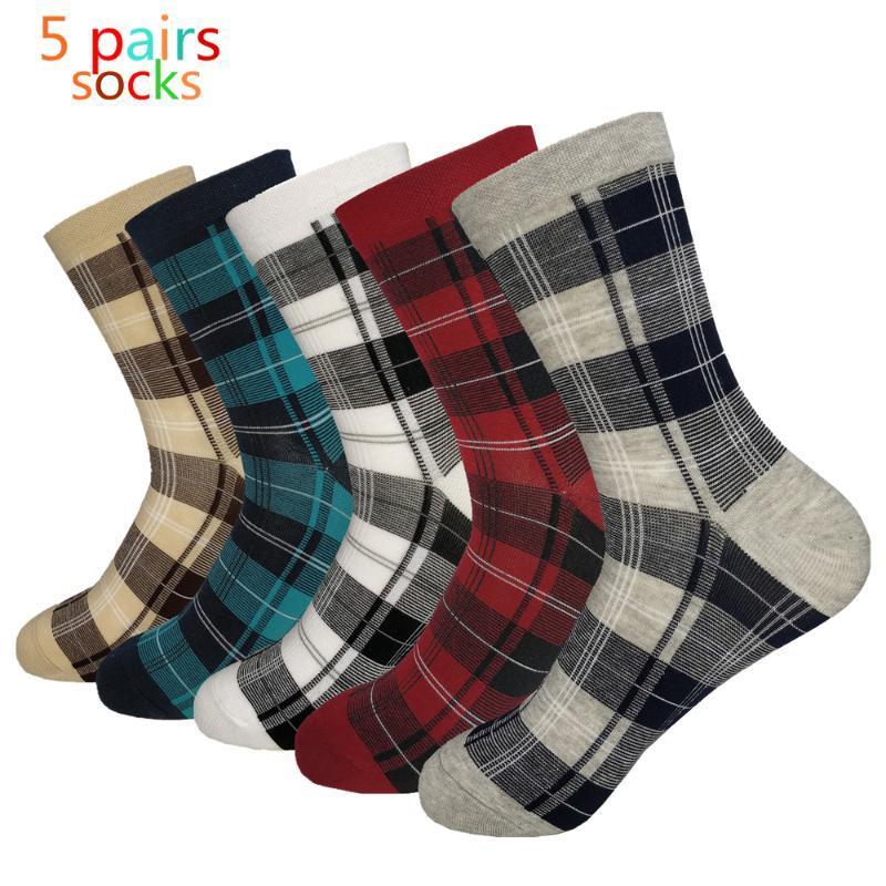 chaussettes pour hommes nouveaux chaussettes pour hommes d'automne et d'hiver carreaux tube rétro multicolore petit coton carré