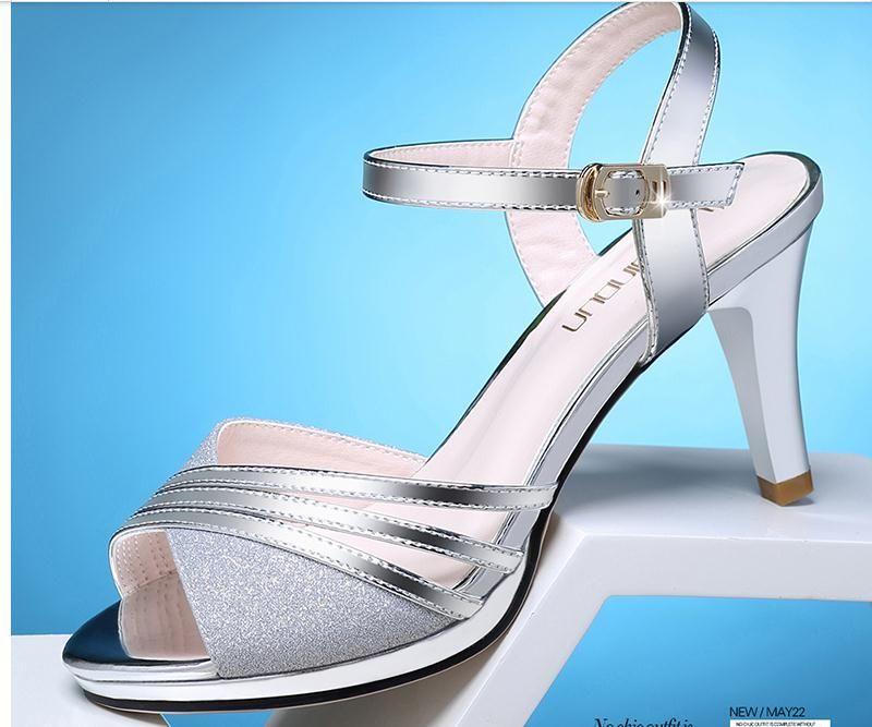 2019 Damen Sandalen im Sommer mit neuem High-Heel-Absatz bei 73