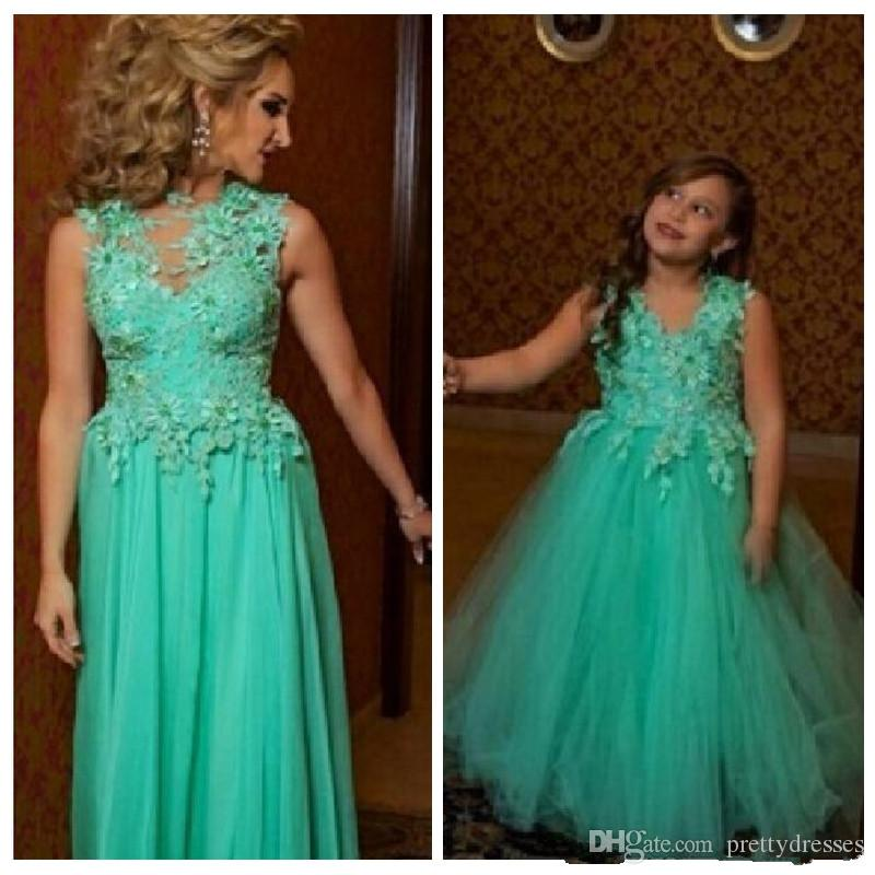 2020 Vintage Sheer Lace Appliques A-Line Prom Dresses Mother And Daughter Match Party Gowns Flower Girls Dress Tulle Formal Kids Mother Wear