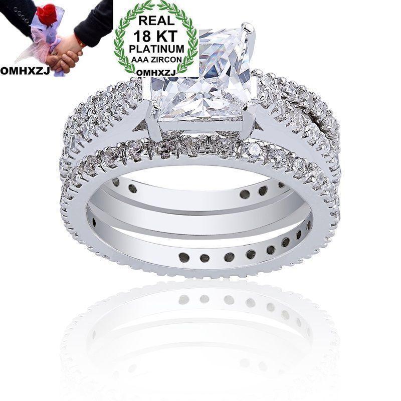 OMHXZJ Atacado Partido Homem Moda Mulher Europeu do casamento do quadrado branco do presente Zircon 18KT amarelo White Rose anel de ouro Set RR436