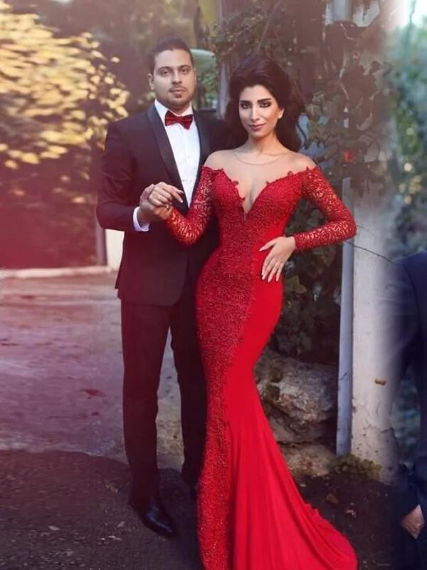 Illusion Red Mermaid Evening Dresses Long Sheer Neck Long Sleeves Cover Button Back Lace Appliques Formal Prom Party Gowns vestido de noite